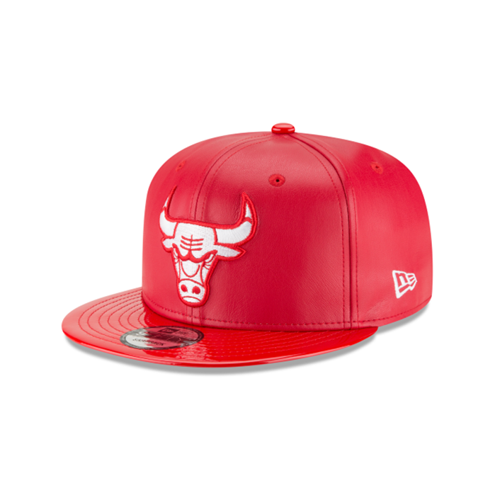 New Era Chicago Bulls Scarlet Synthetic Leather Hat