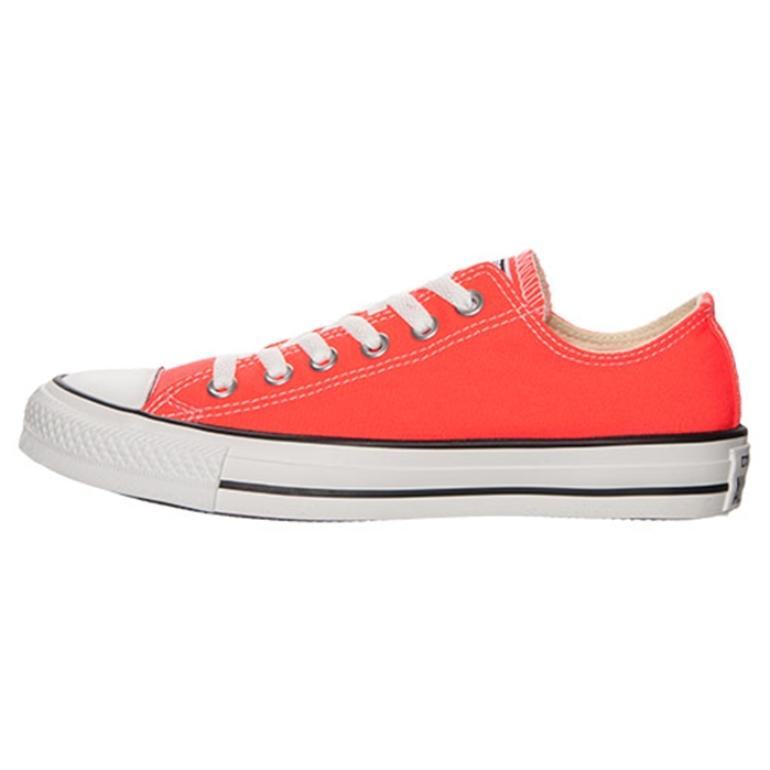 Chuck Taylor All Star Ox Seasonal Fiery Coral Shoe