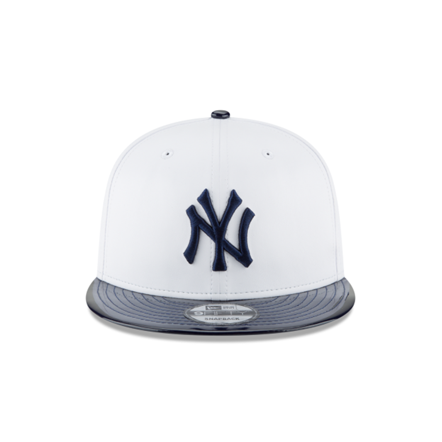 7c8665fb0ce New Era 9FIFTY New York Yankees Retro Hook White Synthetic Leather Hat